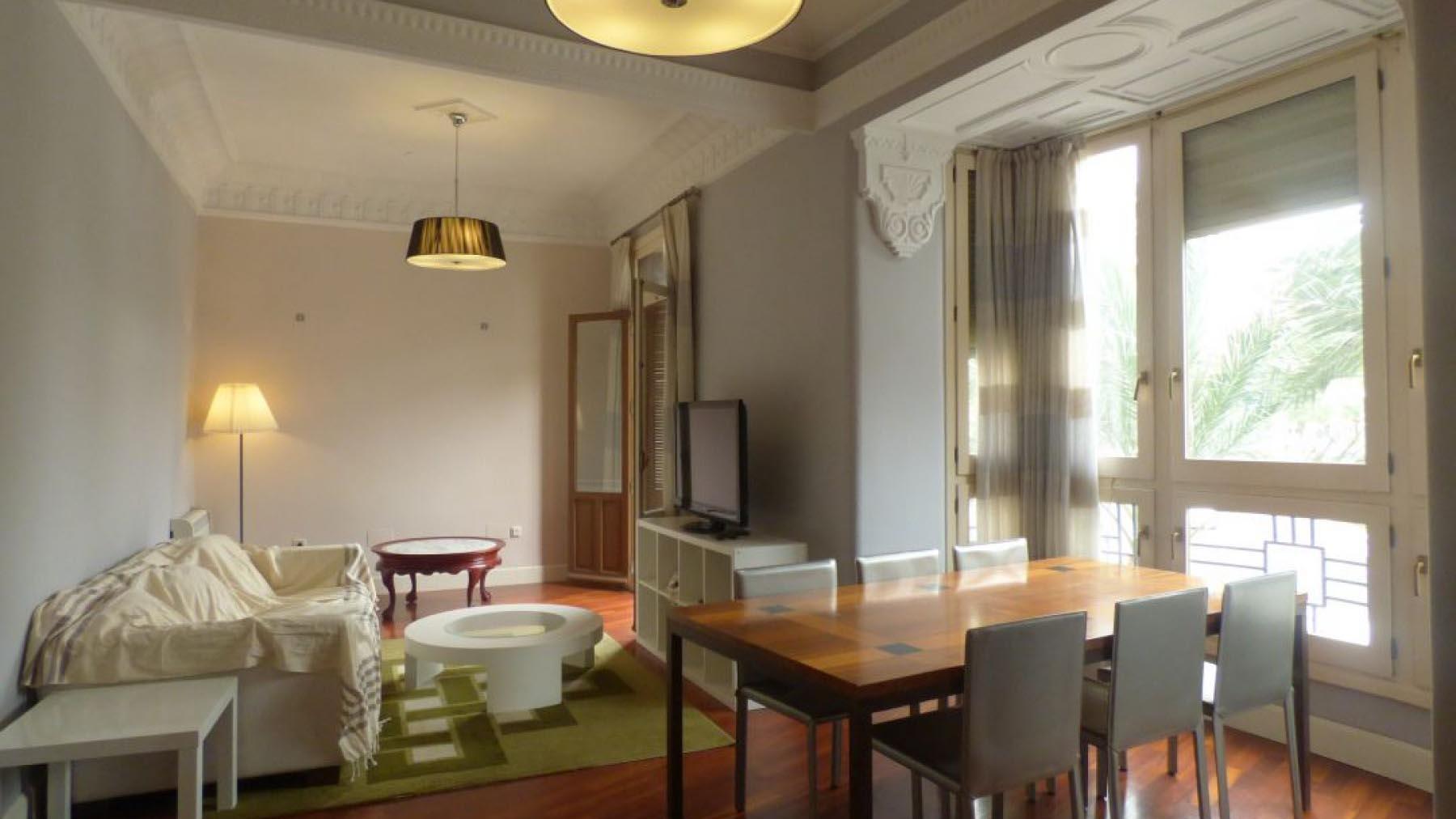 Аренда квартира в Испании в центре города Аликанте 3 спальни