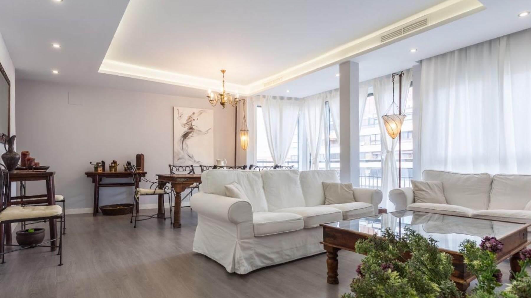 Аренда квартиры в центре Аликанте с 3-мя спальнями