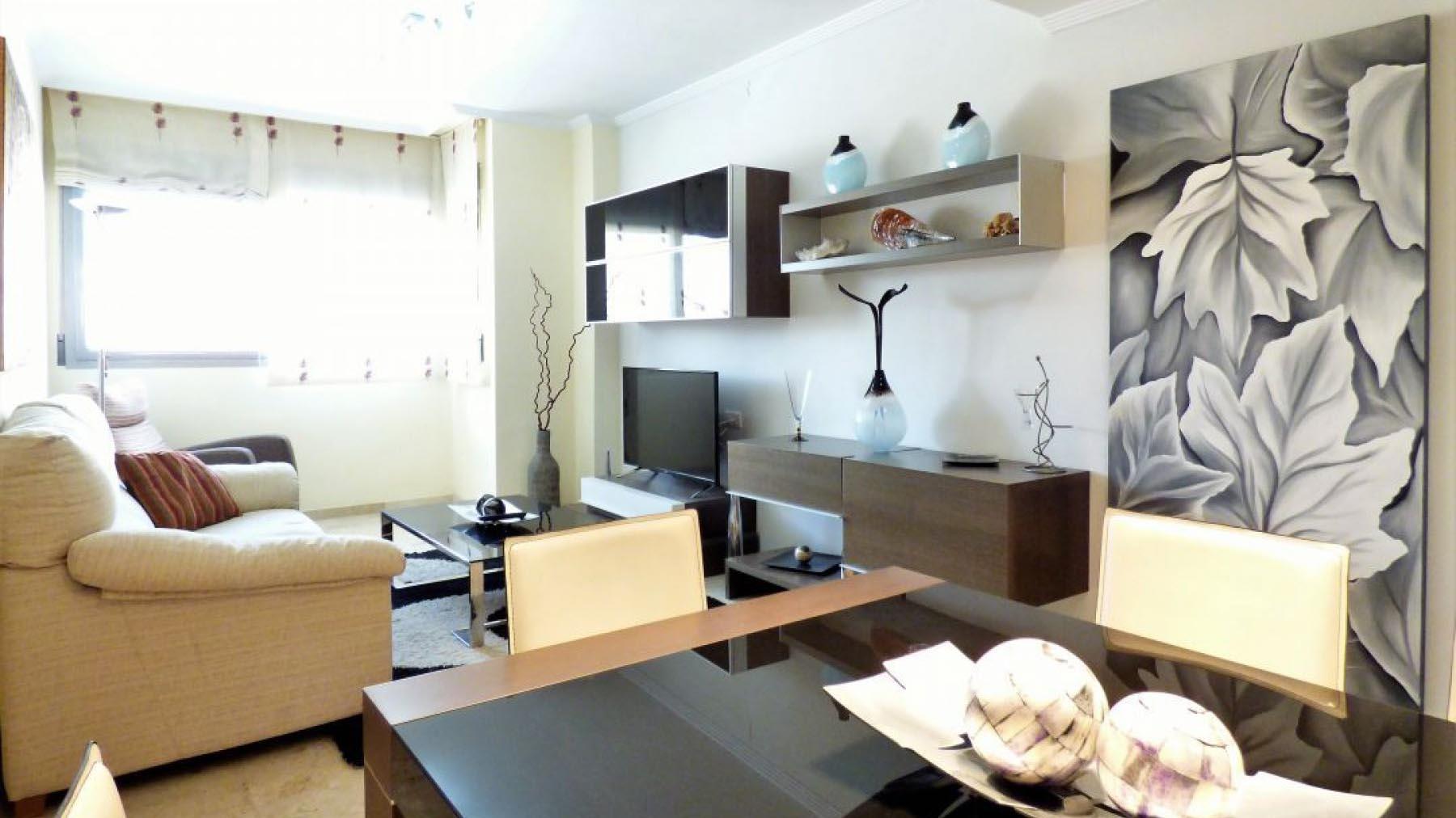 Аренда квартира в Испании в городе Аликанте 3 спальни в центре