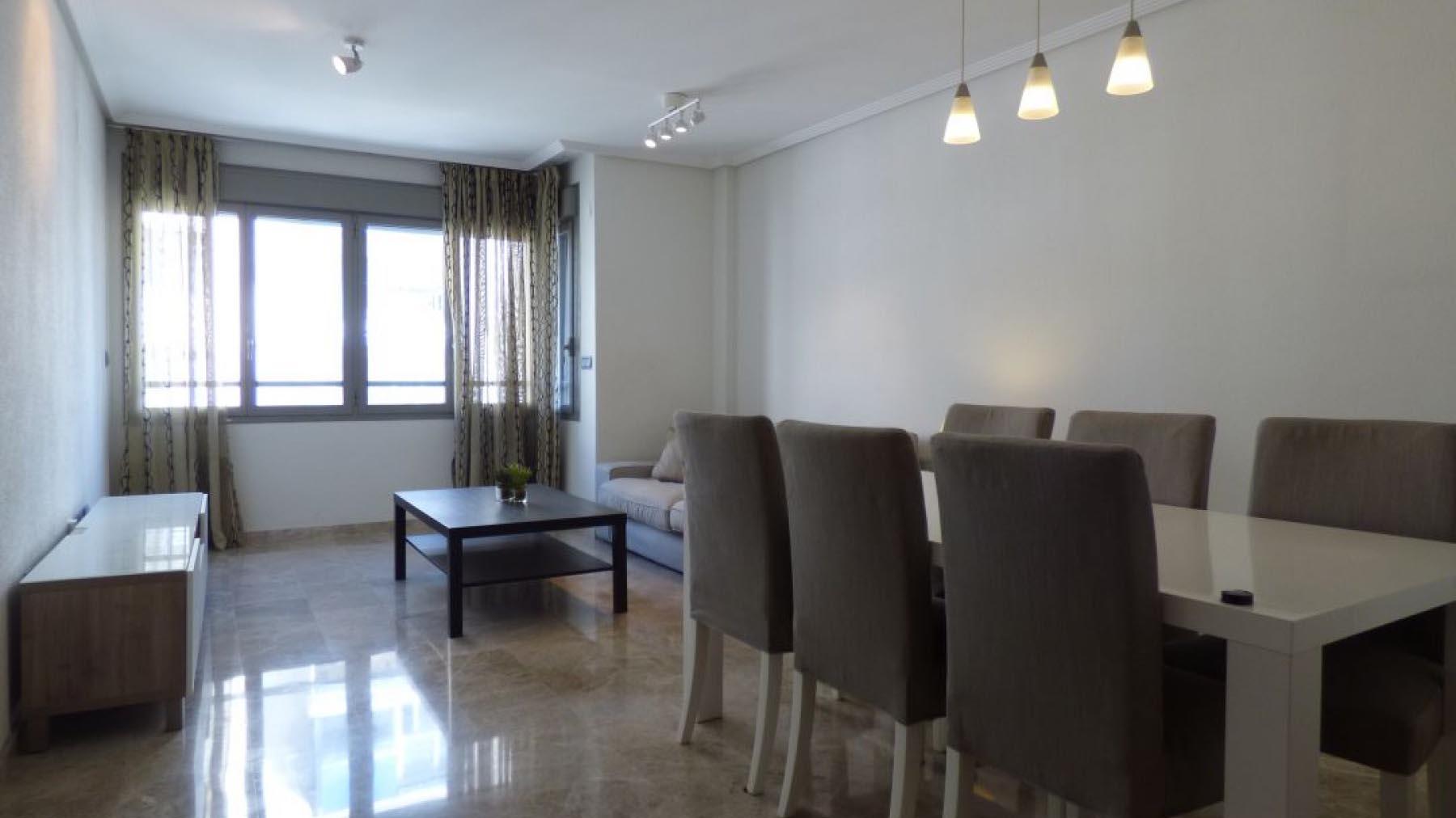 Аренда квартира в Испании в городе Аликанте 3 спальни с паркингом