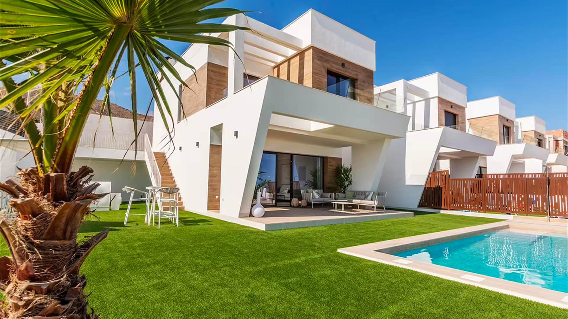 Новый дом в городе Benidorm c 3-мя спальнями и собственным бассейном